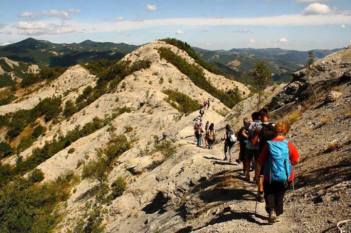 I calanchi di nasseto trekking con guida sulla luna a bagno di romagna 30 04 2016 - Bagno di romagna eventi ...
