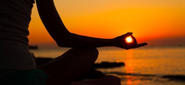 Yoga in riva al mare al tramonto e cena a ravenna lido - Bagno jamaica lido di classe ...